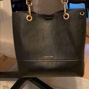 Calvin Klein Reversible Tote bag Black/Maroon